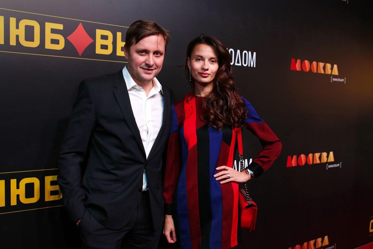 Артем михалков и его новая девушка фото